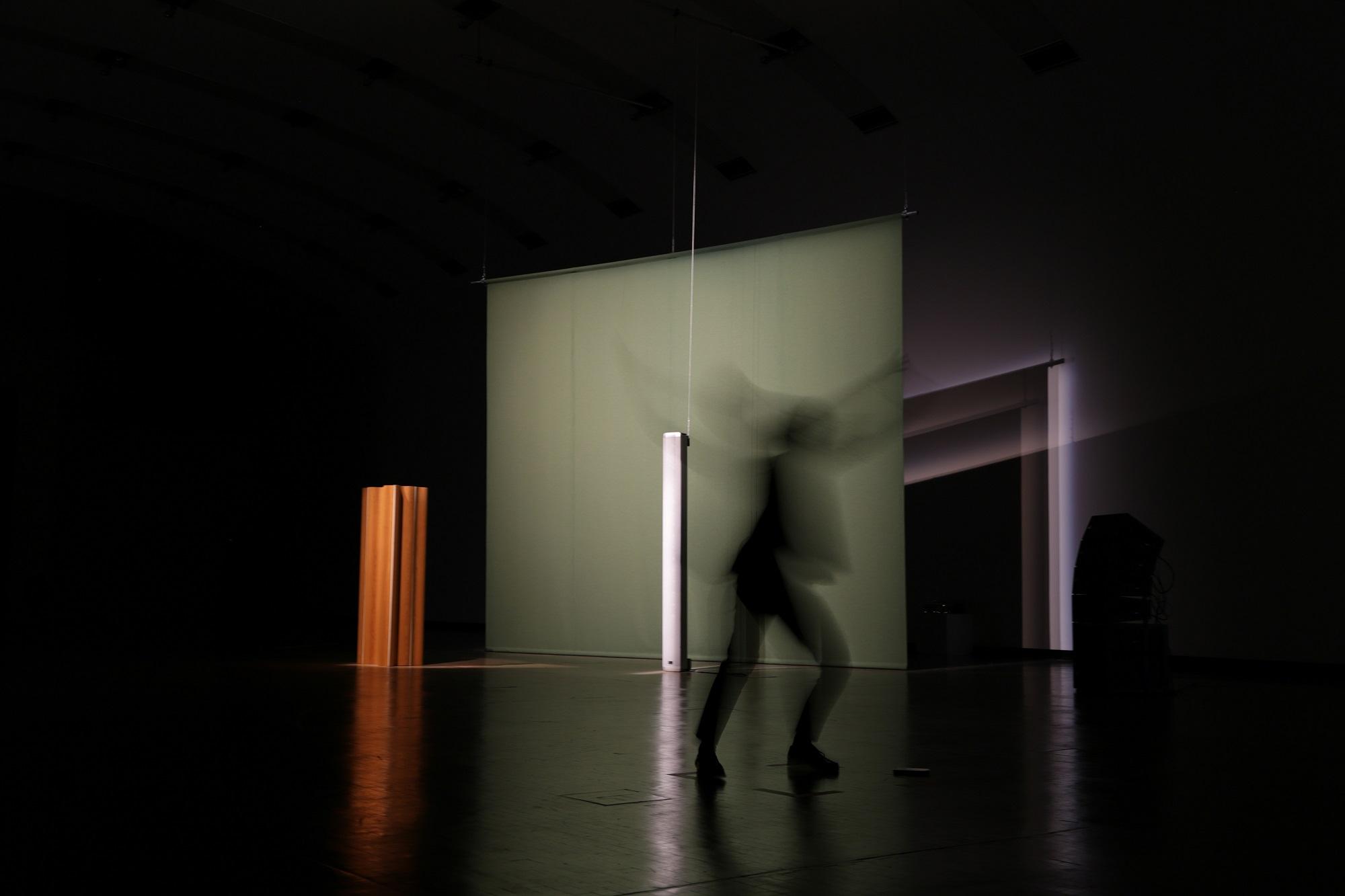 """2018 Kunsthalle Wien """"Workshop im Loop"""" / WS-Leitung und Performance zu Florian Hecker """"Halluzination, Perspektive, Synthese""""/ MAE-Studiengang der MUK Privatuniversität der Stadt Wien"""